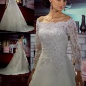 8ececef02c Látogass el hozzánk, hogy együtt találjuk meg a tökéletes darabot! Szemet  gyönyörködtető menyasszonyi ruháink kavalkádjában próbálni a ...