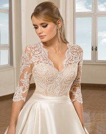 4af2dee127 ALMÁSSY ÉVA PRÉMIUM esküvői ruhaszalon, menyasszonyi ruhák 550m²-en ...