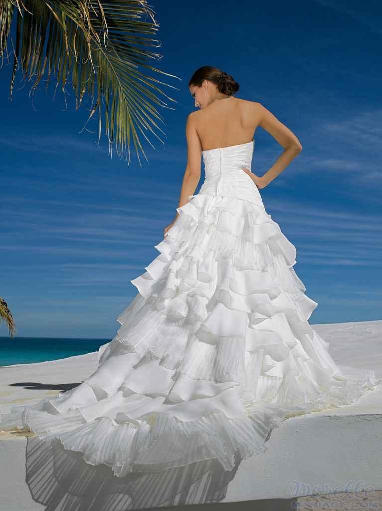 2f369fa8f0d Miss Kelly menyasszonyi ruha - Almássy Éva Prémium esküvői ...